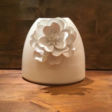 Vase with flower Vela