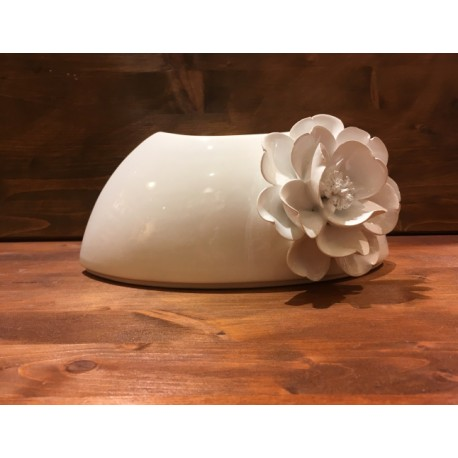 Bowl with flower Sailing