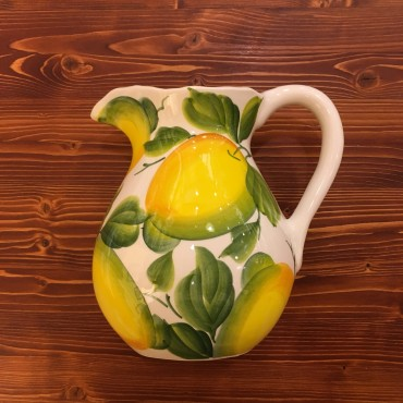 Pitcher Lemon