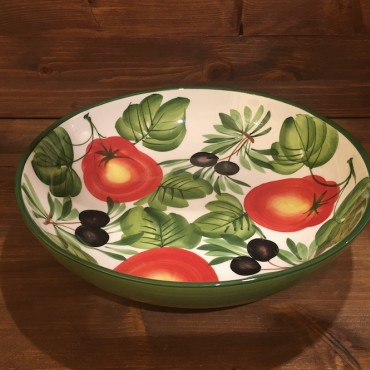 Round shaped Spaghetti bowl with Tomato and Olives