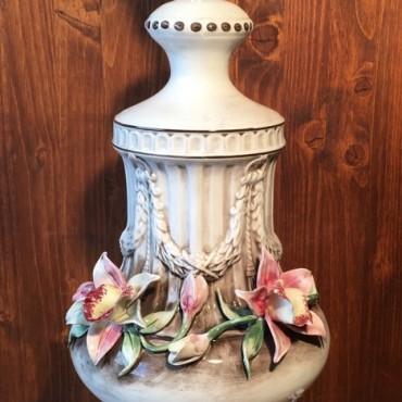 Applied Flowers Lamp