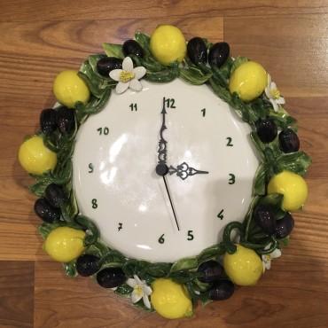 Wanduhr Zitronen und Oliven