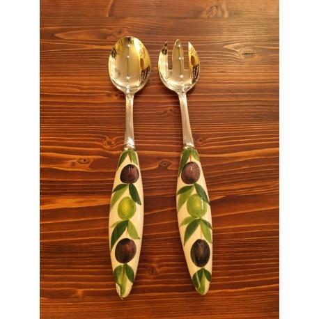 Served Salat Olives Edelstahl und Keramik