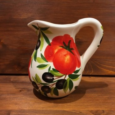 Pitcher Tomato and Olives